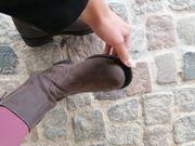 abgelatschte käsige Stiefel