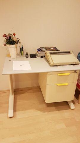 Büromöbel - hochwertiger und stabiler Schreibtisch 1