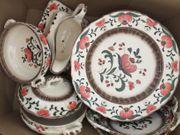 Hübsches Ess-Service Zeller Keramik Serie