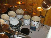 Hildener Schlagzeuger gibt Schlagzeugunterricht aller