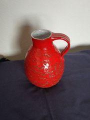 Schöne Vase getöpfert rot glasiert