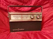 Schönes altes Transistorradio Sanyo Cantina