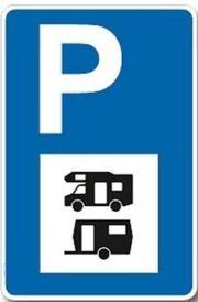Stellplatz für Wohnwagen Wohnmobil Fahrzeuge