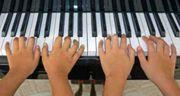 Biete Klavierunterricht Keyboardunterricht Klavier Alter