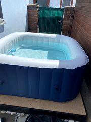 whirlpool für 4 Personen