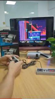 Mini-Spielkonsole mit 620 Spielen
