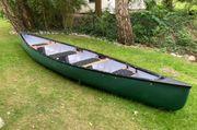 Großes Kanu zur Miete für