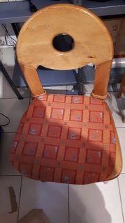Wckbank Tisch und 2 Stühle