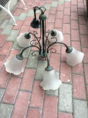 Deckenlampe mit Glasschirmen