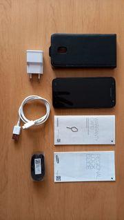 Smartphone mit Zubehör