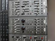 Roland System 100M analoger Modularsynthesizer