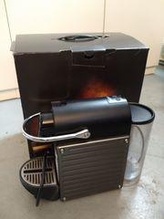 Nespresso Krups Pixie Kaffeemaschine für