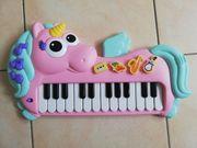 Piano für Kleinkinder