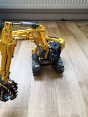 Lego Technic Raupenbagger 42006