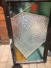 Bleiverglastes Fenster bunt
