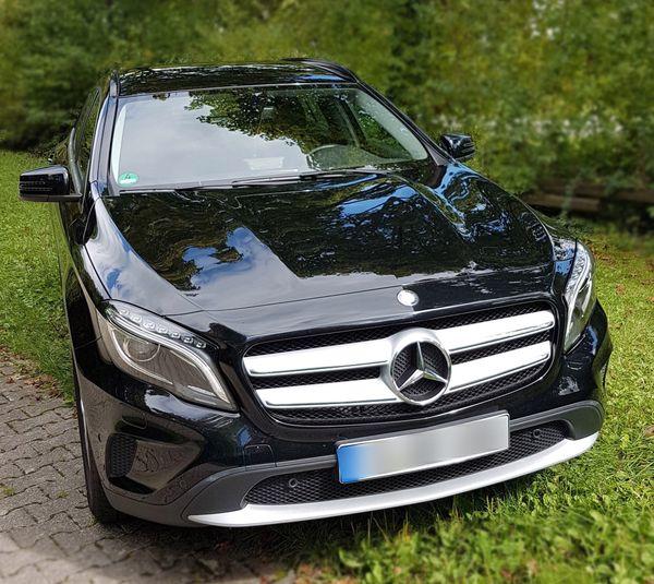 Mercedes-Benz GLA 200 7G-DCT Style