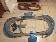 Zwei Rennbahnen für Cars Autos