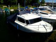 Motorboot Marke Jeanneau