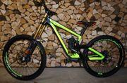 MTB DownHill Bike Scott Gambler