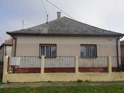 Einfamiliehaus mit zwei Wohnungen in