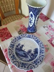 Delfts Boch Vase und Teller