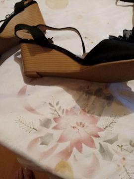 Fetischartikel, Getragene Wäsche - verkaufe keilabsatzschuhe gr 43