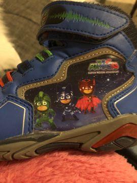 Babykleidung/ -schuhe - verkaufe pj Mask Schuhe gr