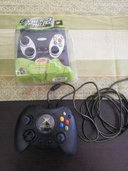 Xbox-Spiele und 3 Controller und