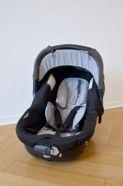 Autositz und Babywanne JANE MUUM