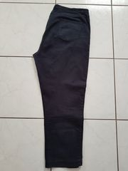 Stretch-Jeans im einwandfreiem Zustand