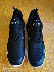 Snecker Nike 270 neu