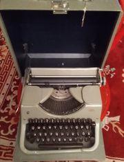 Schreibmaschine Mercedes