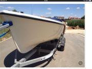 Rauwassertugliches Angelboot mit Motor und