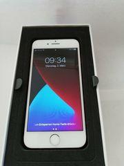 iPhone 7 128 GB rot