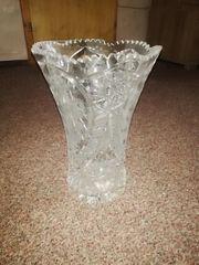 Schöne alte Kristallvase