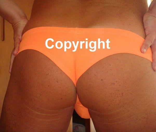 Junggesellinnenabschied JGA Nacktputzer Stripper