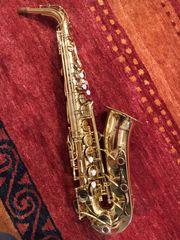 Alt Saxophon YAS-32 Purple Logo