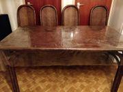 Sehr schöner und stabiler Holztisch