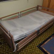 Krankenpflegebett elektrisch