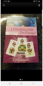 Lenormand Karten und Buch