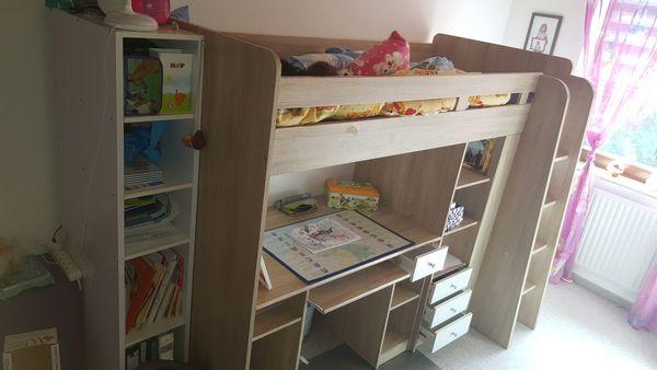 Kinderbett Hochbett inkl Schreibtisch und