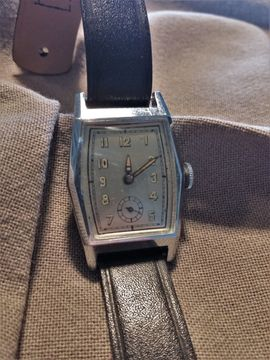 Uhren - Funktionstüchtige Art Deco Damen Armbanduhr