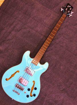 Gitarren/-zubehör - Warwick RB Star Bass Maple
