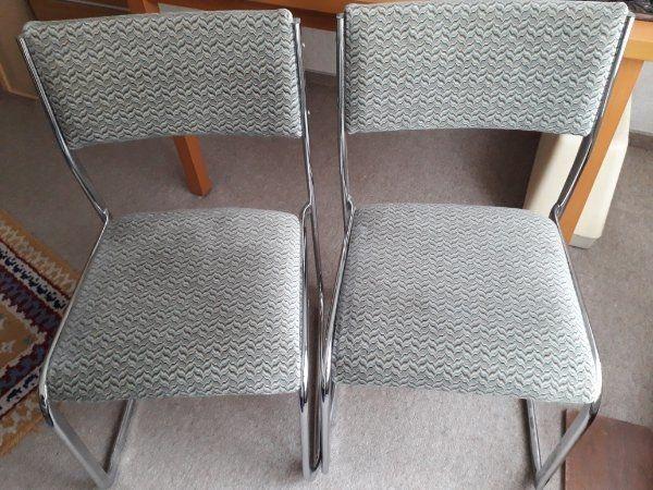 2 Stühle aus den Siebzigern zusammen 20