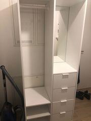 weiße Ikea Gaderobe
