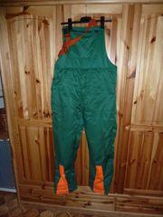 Schnittschutz- Latzhose Gr 54 grün-