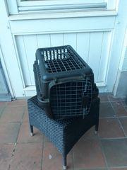 Hunde und Katzenbox