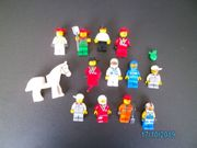 12 Lego Männchen mit Kopfbedeckungen