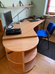 Komplettes Büromöbelset der Reihe Hyper