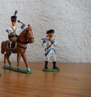 Zinnfiguren Zinnsoldaten Reiter Pferd bemalt